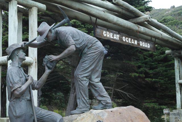 greatOceanRoadSign