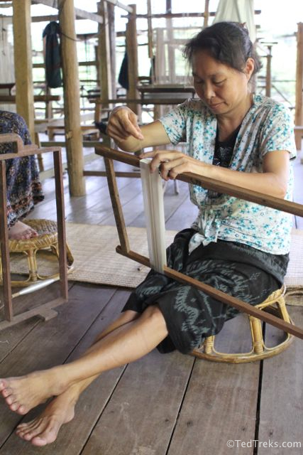 Several of the Ock Pop Tok weavers
